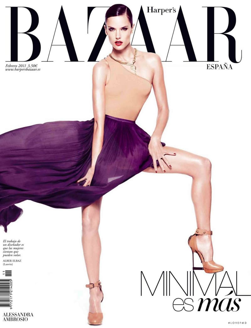 indesign inspiration playful text typography harper's bazaar spain